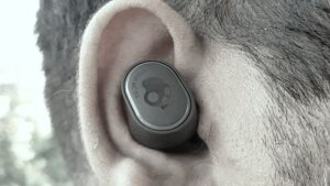 Skullcandy Sesh Evo Review: Affordable Price Point With Easy to Use Earbuds