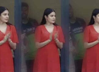 Anushka baby bump flaunt in red dress to cheer Virat in IPL match