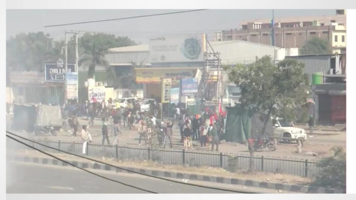 Farmers Protest LIVE: Delhi border rocked several places, Yamuna Expressway also jammed